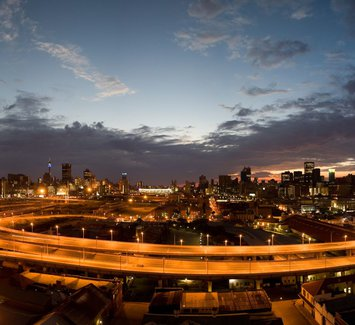 Johannesburg_Sunrise_City_of_Gold-1600x900.jpg