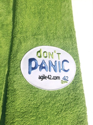 "agile42 ""Don't Panic"" collectible towel"